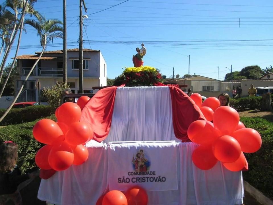 Carreata de São Cristóvão emociona fiéis, em Campos Altos
