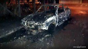 Veículos são incendiados em São Gotardo
