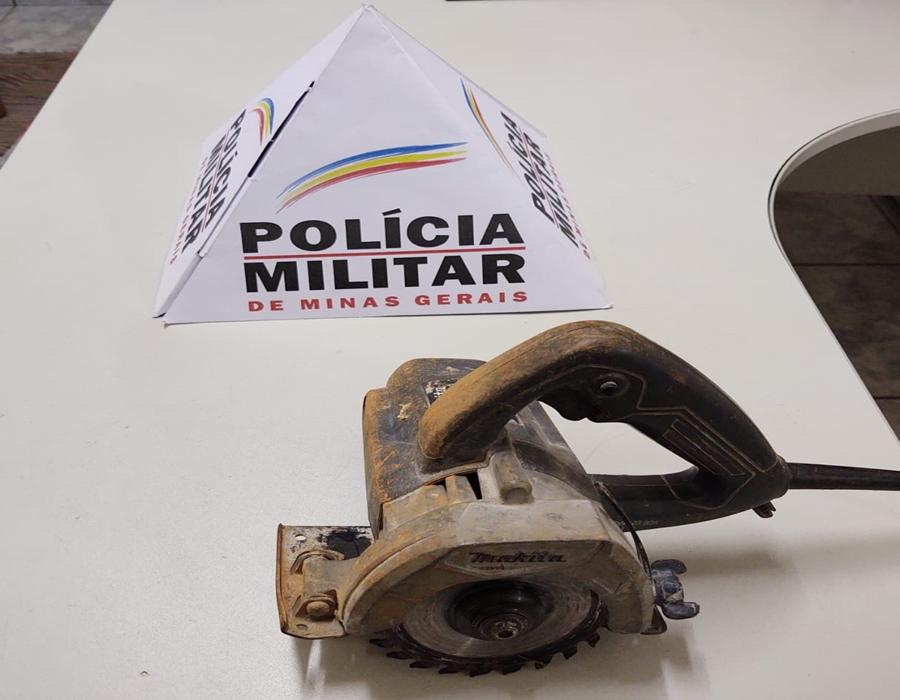 Homem é preso pela PM após praticar furto em Campos Altos