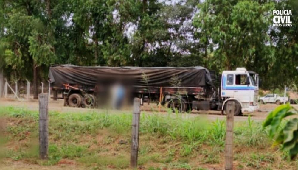 Polícia Civil prende suspeitos e recupera carga de soja em Bambuí