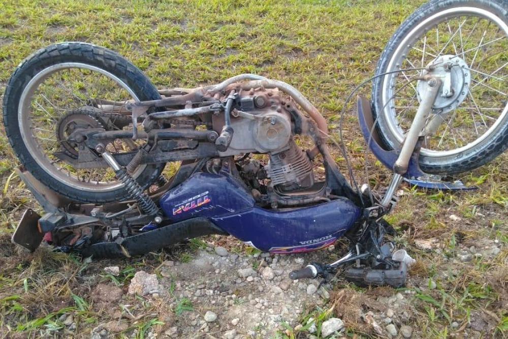 Motocicleta envolvida no acidente. Foto: PMRv