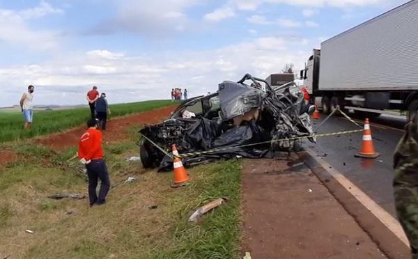 Após matar o pai, filho foge de carro e morre em acidente na BR-163