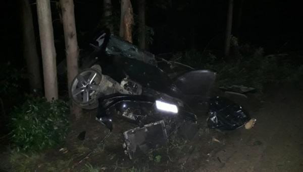 Homem morre e mulher fica ferida em acidente na BR-354, em Bambuí